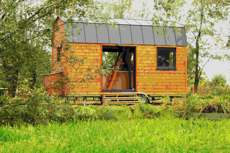 Eerste Tiny House geplaatst bij Berkenhoeve Recreatie