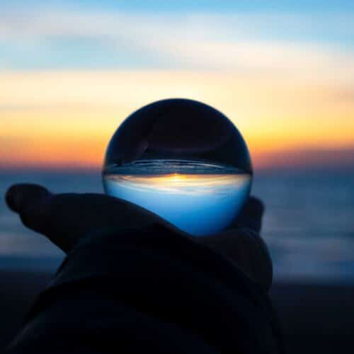 Voorspellen is lastig investeren blog